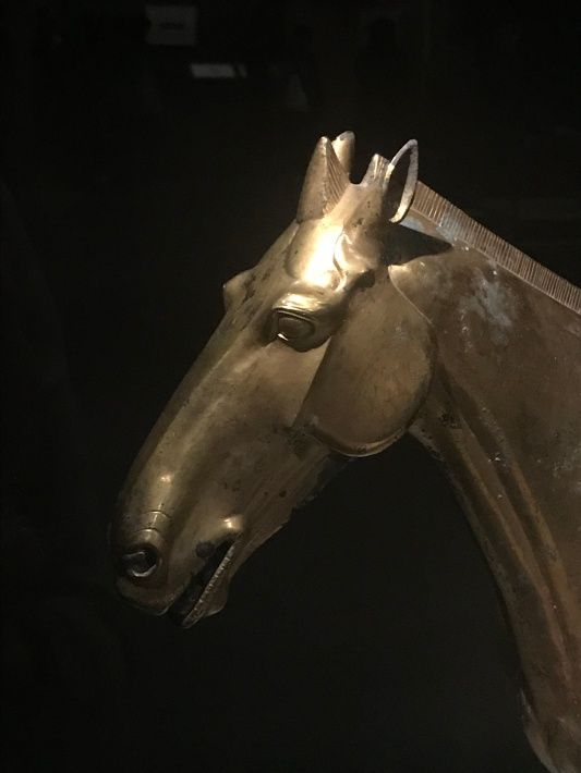 Detail in just the right places. Gilt bronze horse, Han dynasty, unearthed from Maoling in Xingping city, Shaanxi, Mao Ling Museum collection.